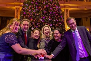 Feestelijke lancering kerstconcerten tijdens Christmas Tree Lighting